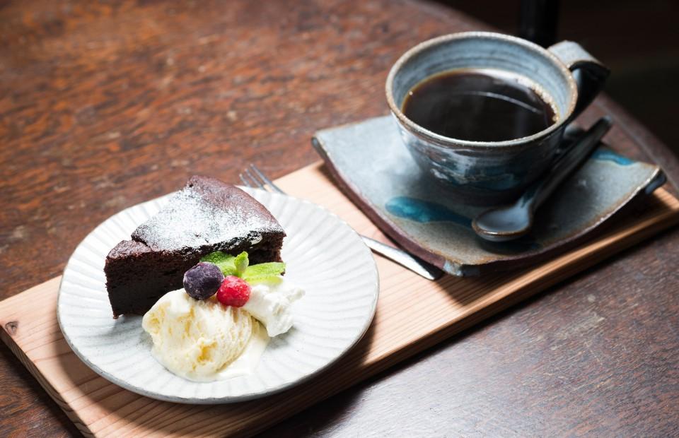 I28_cafe cheka 様